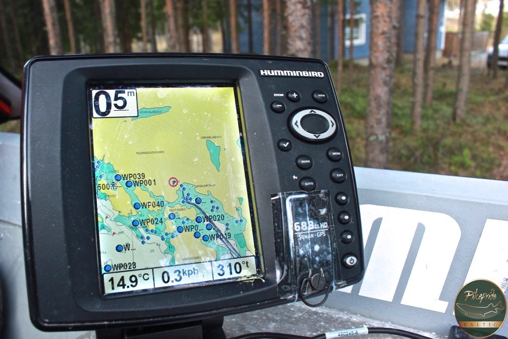 humminbird fishfinder BOATS